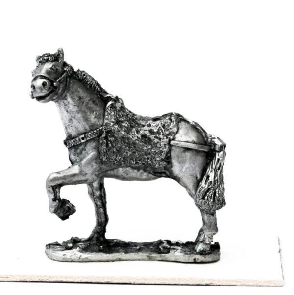 Mongol horse, fur 'saddle'